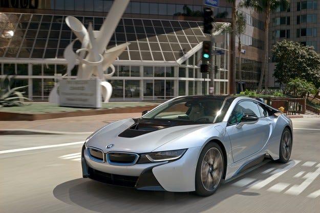 Пазарът на суперспортни автомобили с над 60% до 2017 г.