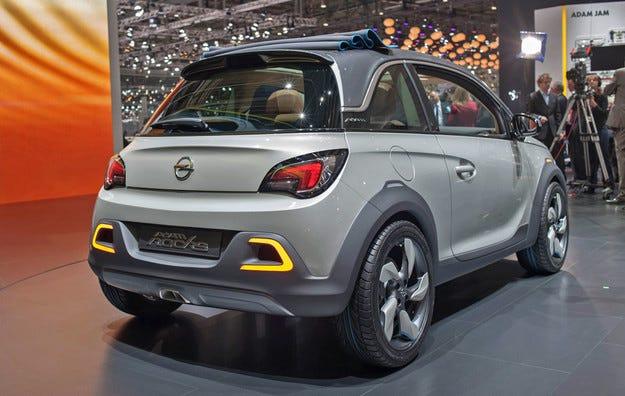 Opel стартира рекламна кампания на ADAM ROCKS