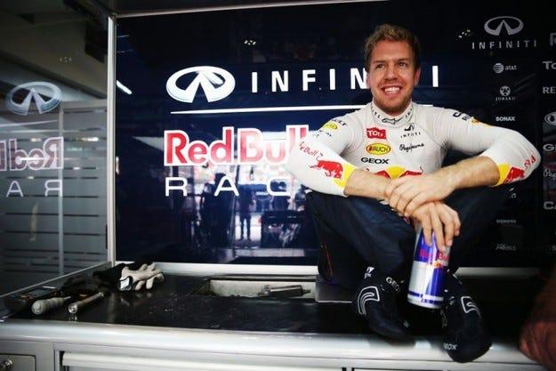 Официално: Фетел напуска Red Bull