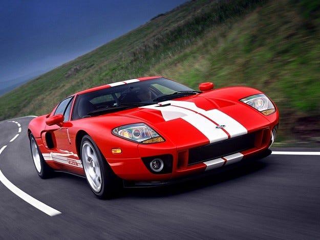 Ford възражда легендарния спортен модел GT