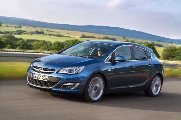 Opel Astra с новия дизел вече и на българския пазар