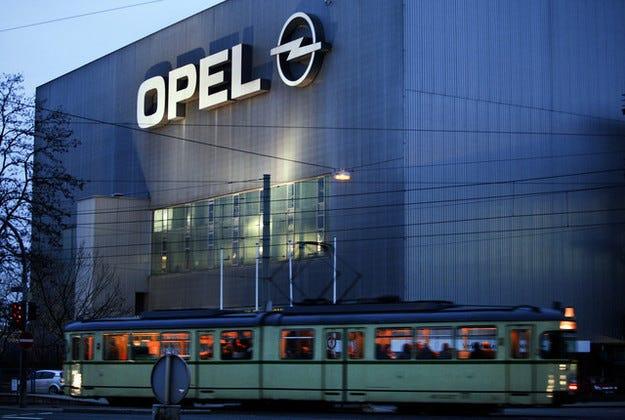 GM продава оборудване от завода на Opel в Бохум