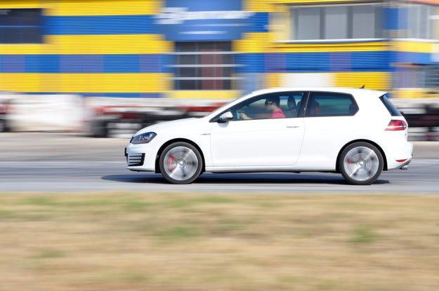 В Европа спират колите без стабилизираща система