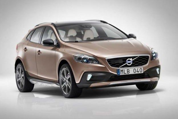Volvo потвърждава планове за компактен XC40