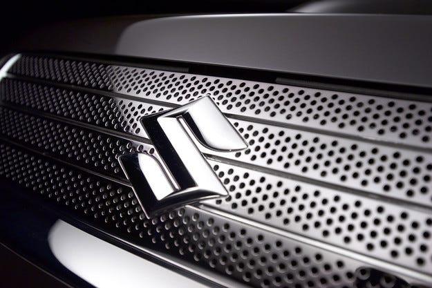 Хечбекът Suzuki YRA ще бъде представен през 2015 г.