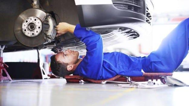 Читателите на auto motor und sport: Новите коли не са перфектни
