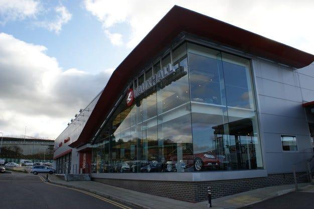Vauxhall празнува 5 000 000 коли, сглобени  в Елсмиър Порт