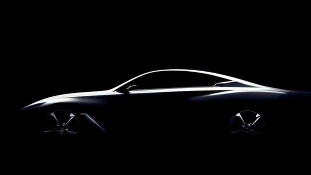 Infiniti показа първо изображение на конкурента на BMW M4