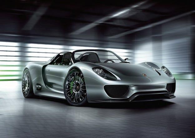 Porsche отзовава 205 хибридни автомобила 918 Spyder