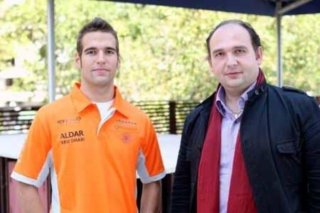 Spyker подписа с Родригес