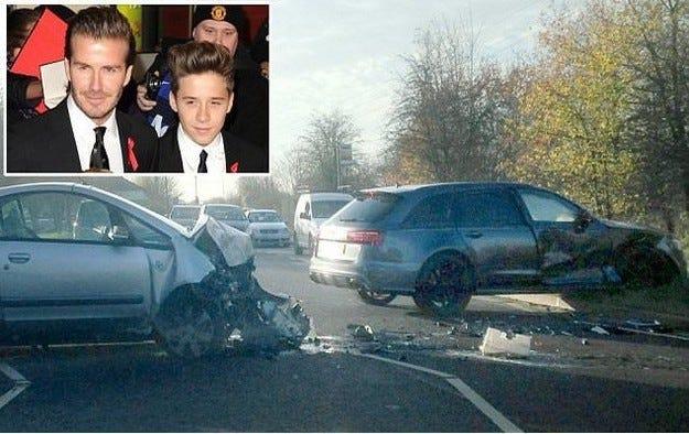 Катастрофиралият автомобил на Дейвид Бекъм на търг