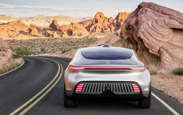 Немците адаптират аутобан за безпилотни автомобили