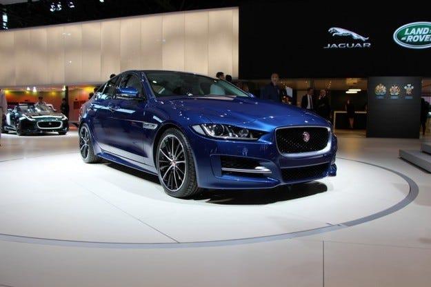 Избраха Jaguar XE за най-красивата кола на годината