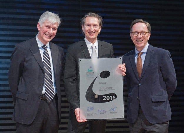 Opel спечели престижната награда VDA Logistics 2015
