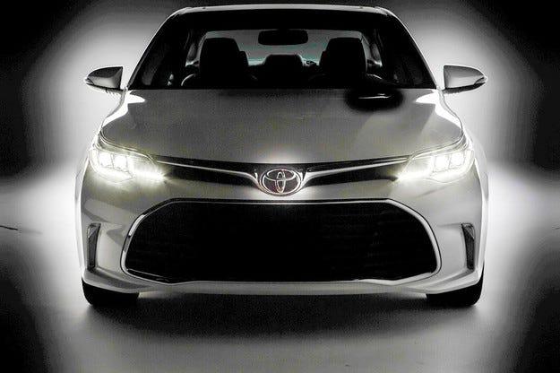 Toyota ще представи обновения Avalon на салона в Чикаго