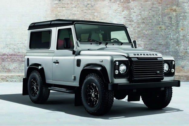 Новото поколение Land Rover Defender след три години