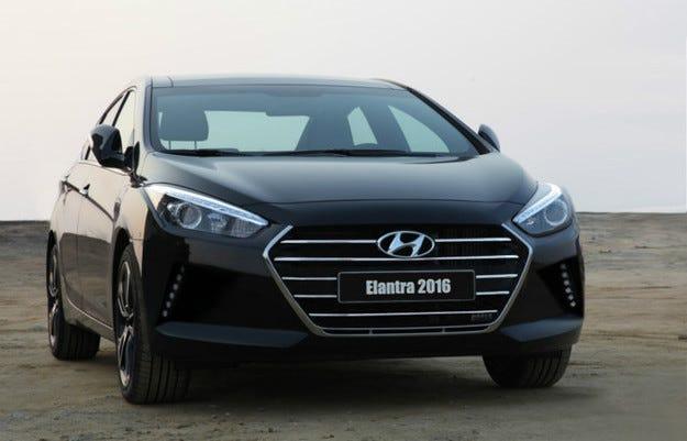 Разсекретиха новия седан Hyundai Elantra предпремиерно