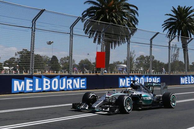 Гран при на Австралия: Кой ще спре Mercedes