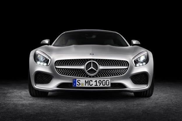 Mercedes-Benz ще разработва пряк конкурент на Audi TT