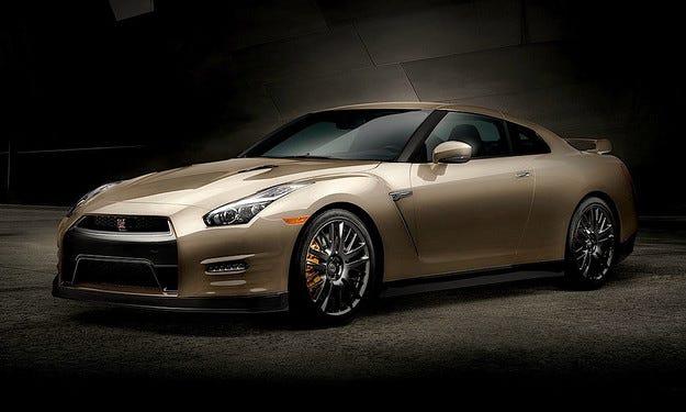 Новият Nissan GT-R получава и юбилейна специална версия
