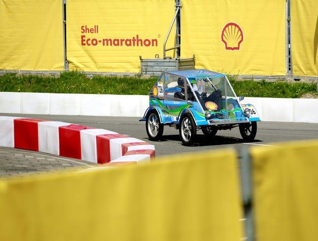 Студентите от ТУ-Варна се целят в топ 3 на Shell Eco-Marathon