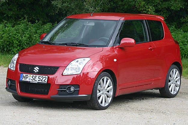Suzuki отзовава около два милиона автомобила