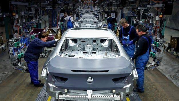 Компанията BMW реши да не изгражда завод в Русия