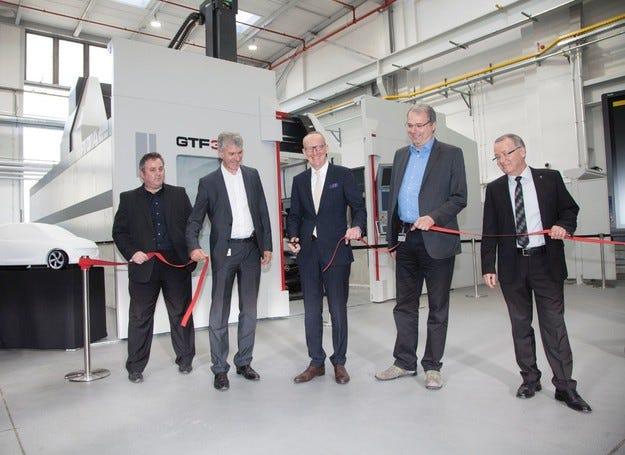Най-модерно оборудване за дизайнерския център на Opel