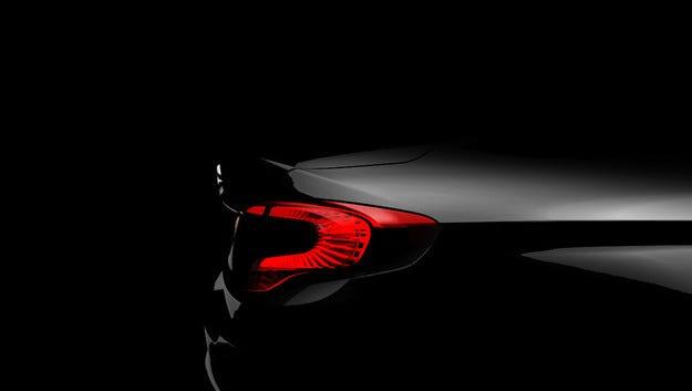 Fiat разпространи първия тийзър на наследника на Linea