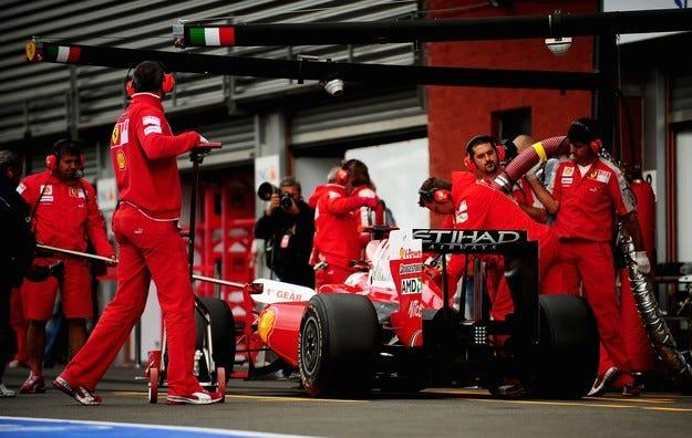 Връщат презареждането във Формула 1