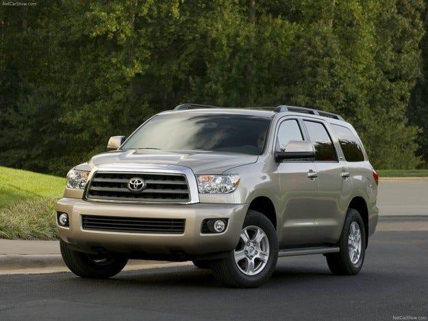 Toyota отзовава 1,4 млн. автомобила заради възглавници