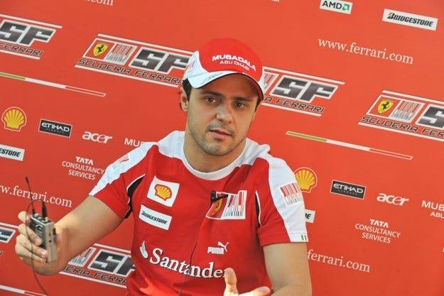 Маса преподписа с Ferrari до 2010