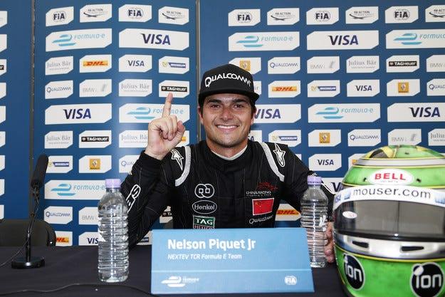Пикет е първият шампион във Формула Е