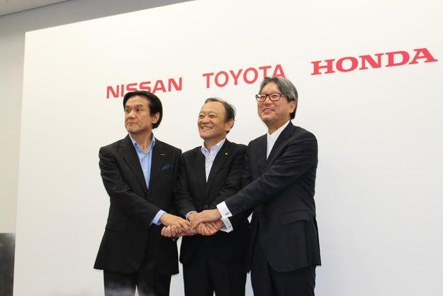 Toyota, Nissan и Honda заедно за водородната структура