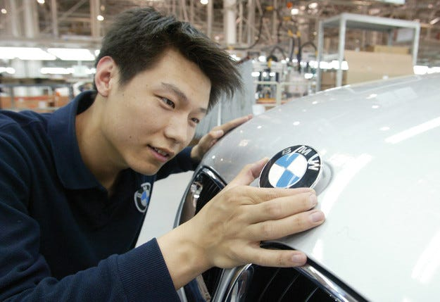 Brilliance China алармира спад на продажбите на BMW