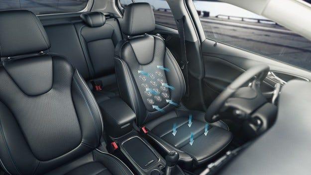 Седалки с великолепен комфорт за новия Opel Astra