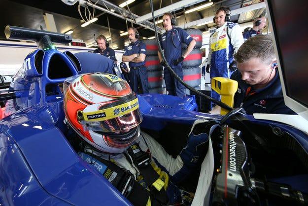 Sauber поднови договорите на Ериксон и Наср