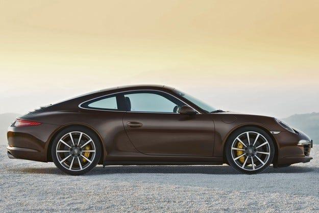Разкриха двигателната гама на новия Porsche 911 Carrera