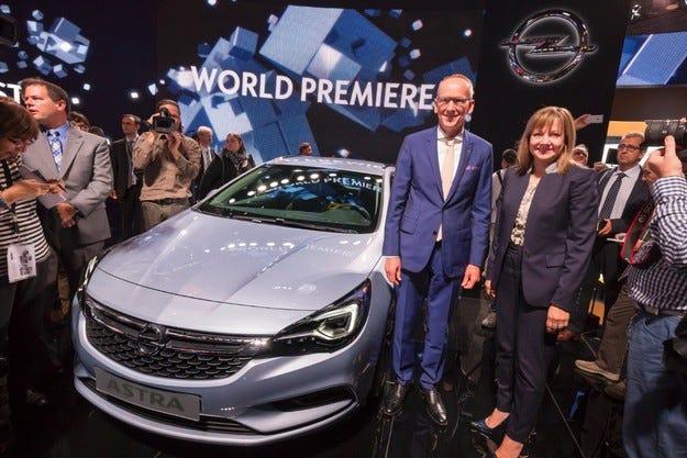 Вече 30 000 поръчки за новия Opel Astra във Франкфурт