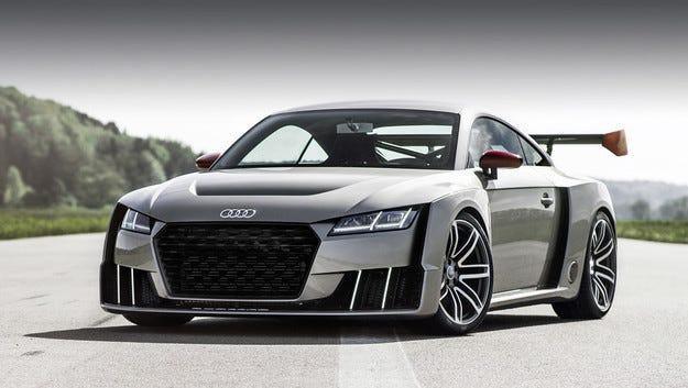 В Audi правят фини настройки на версията RS на TT (видео)