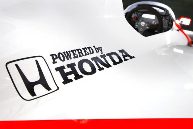 Honda ще обнови двигателя си за старта в Русия