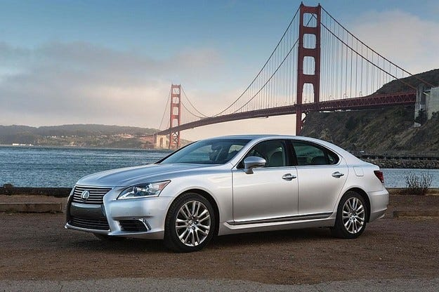 Lexus ще разкрие в Токио предвестник на новия седан LS