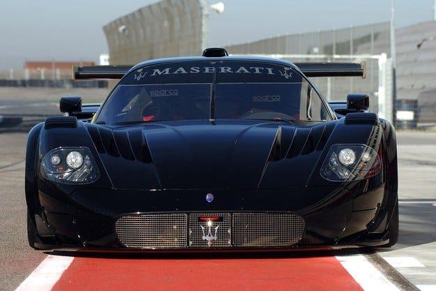 Maserati представя уникален модел на салона в София
