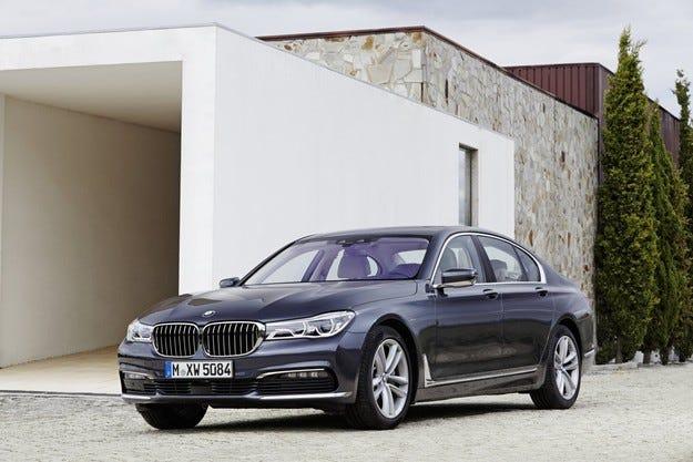 BMW Group с престижна експозиция на салона в София