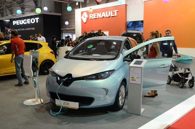 Renault представя нов електромобил и модела Talisman