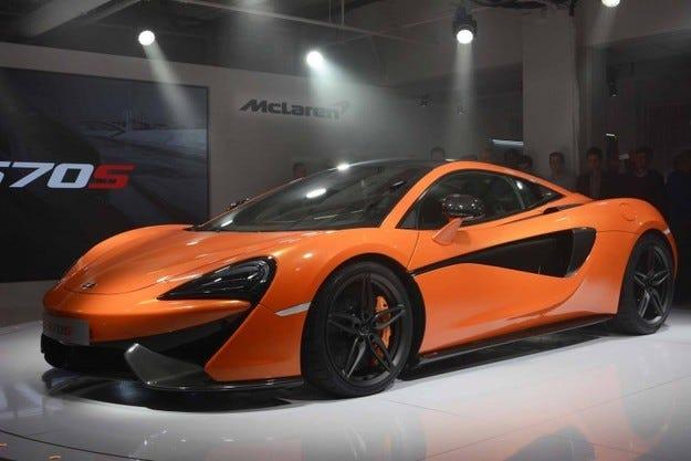 Представят открита версия на McLaren 570S през 2017 г.