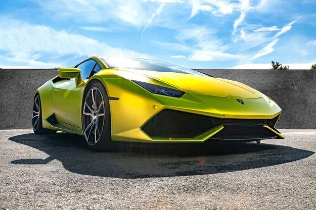 Добавиха още конски сили на Lamborghini Huracan