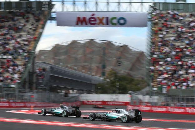 Гран при на Мексико: Розберг ще стартира от полпозишън