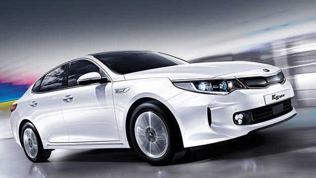Новото поколение на Kia Optima получи хибридна версия