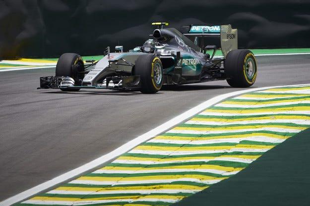 Гран при на Бразилия: Розберг отново не даде шанс на Хамилтън